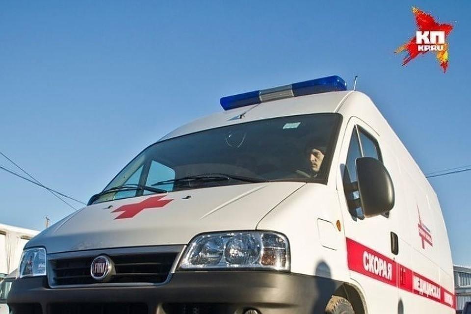В Твери машина сбила 41-летнего мужчину и пятилетнего мальчика на пешеходном переходе.