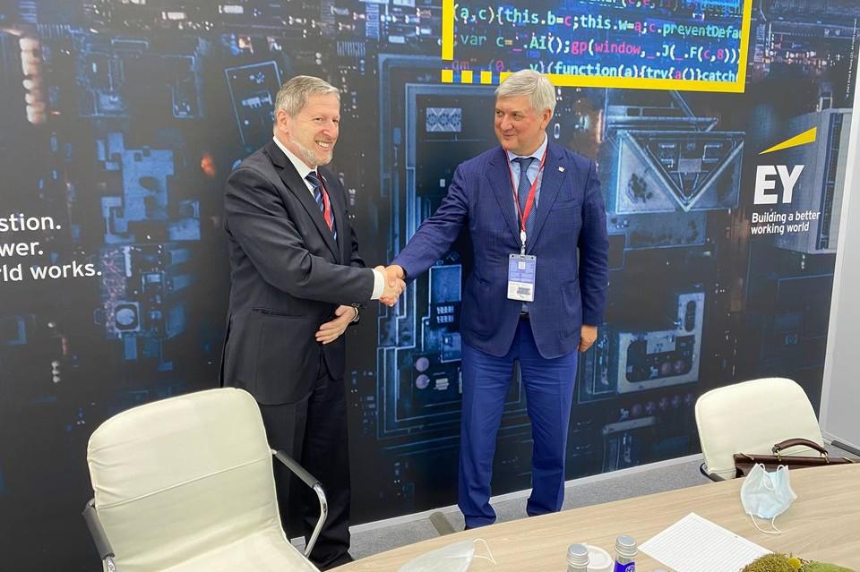 Посол Александр Бен Цви подтвердил, что израильские сельхозтоваропроизводители заинтересованы в обмене опытом и возможности разместить свои предприятия в Воронежской области