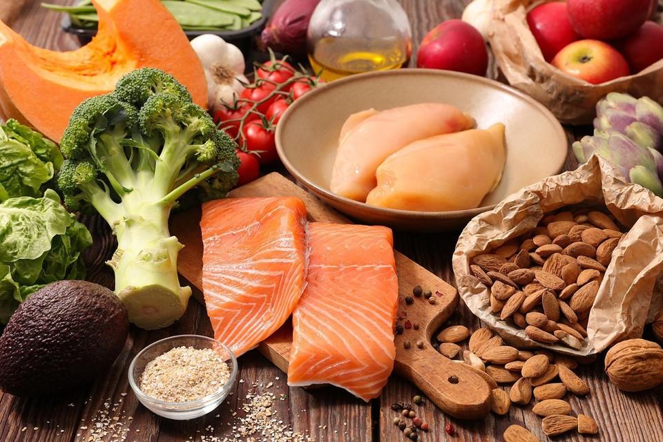 Медики вновь и вновь подчеркивают: не следует относиться к питанию безответственно. Красота и здоровье - в наших руках!