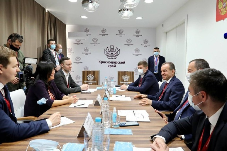Переговоры в Санкт-Петербурге. Фото: пресс-служба администрации Краснодарского края