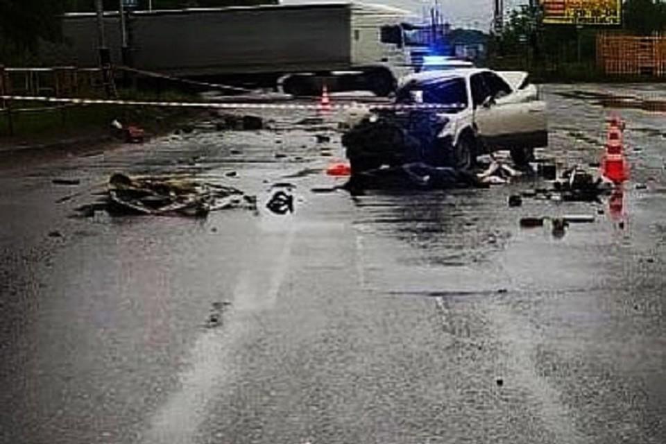 Дорога на тот свет: смертельное ДТП произошло сегодня ночью в Хабаровске. Фото: городская Госавтоинспекция.