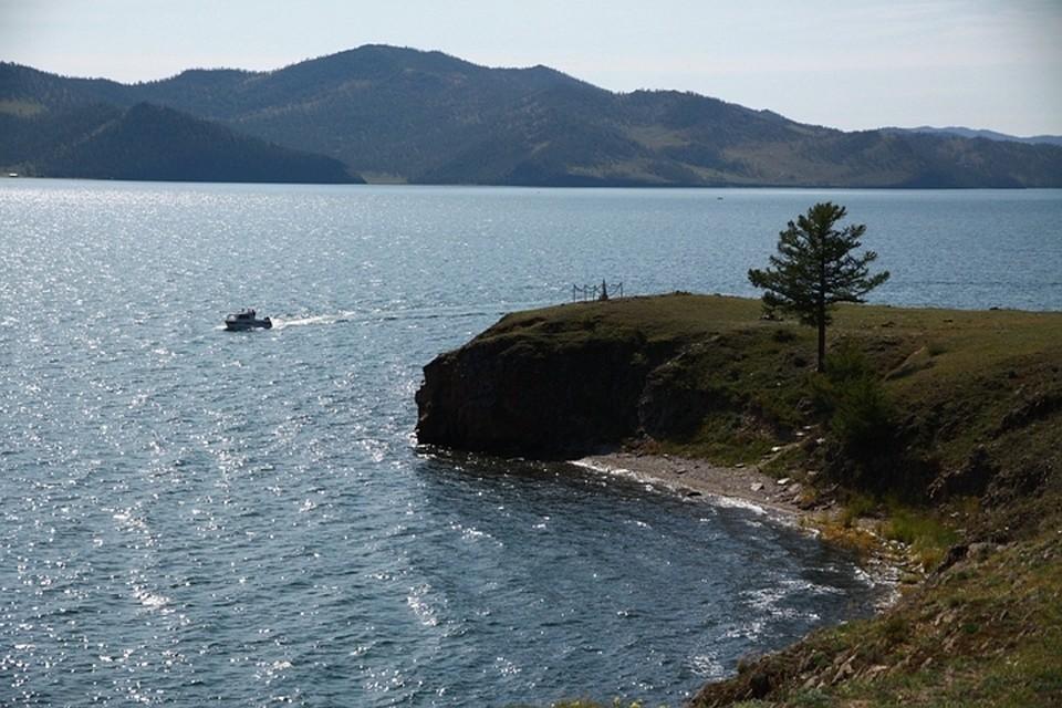 Роспотребнадзор назвал пляжи на Байкале, где не стоит купаться.