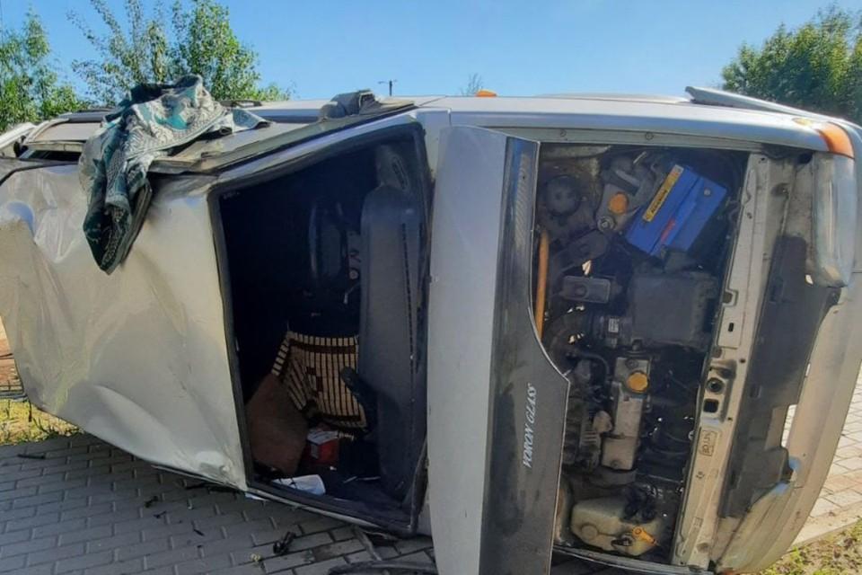 Автомобиль Chery Tiggo столкнулся с попутным ВАЗ-2114. Фото: vk.com/gibdd43