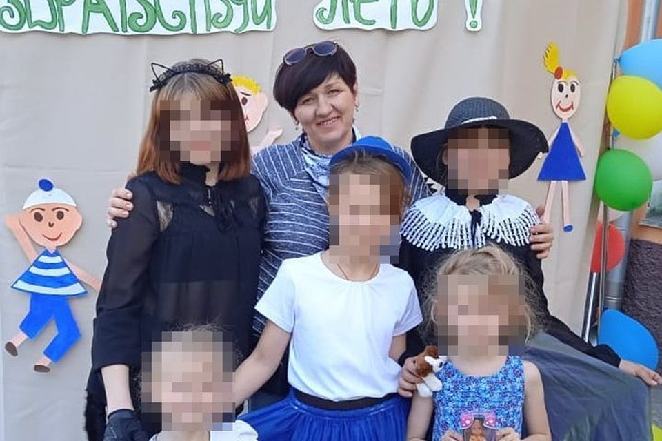 Многодетная мать звонила детям при каждой возможности и передавала подарки. Фото: предоставлено Тамарой ЧУСОВСКОЙ.
