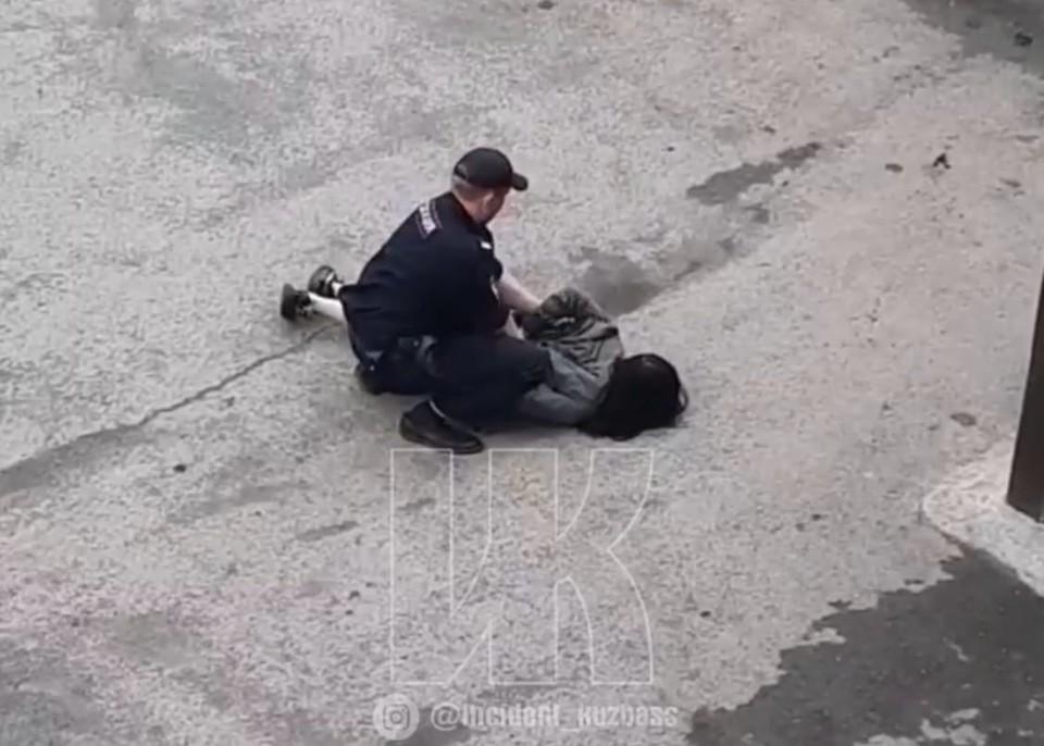Полиция рассказала подробности задержания несовершеннолетней. Фото: Фото: ВКонтакте/inc_kuzbass.