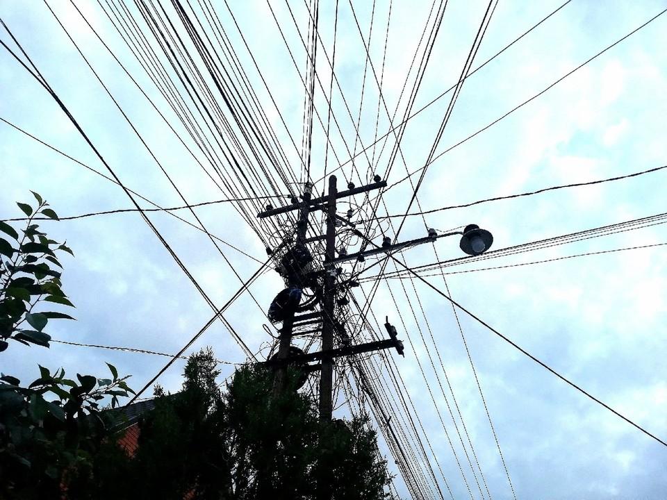 В Крыму электросети нуждаются в ремонте.