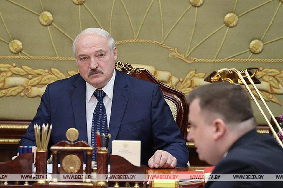 Лукашенко заявил, что нужно в Беларуси производить стрелковое оружие. Фото: БелТА