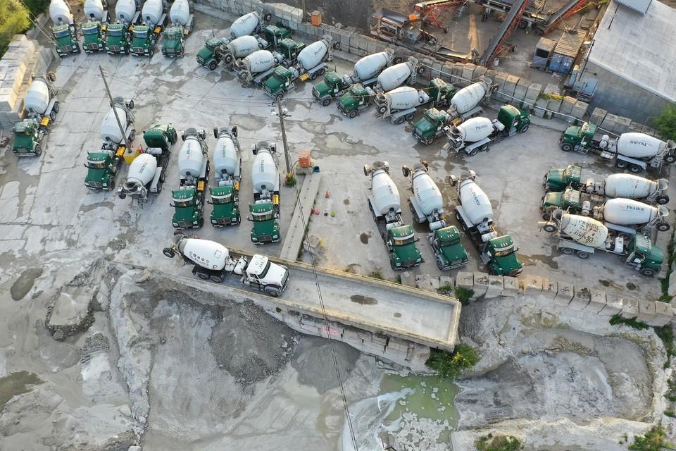 На заводе произошло ЧП, из-за которого большое количество цементной пыли оказалось в воздухе