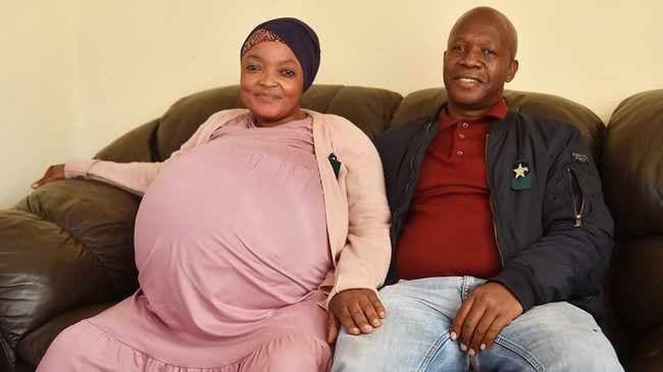 Африканка Госиаме Ситоле с мужем.