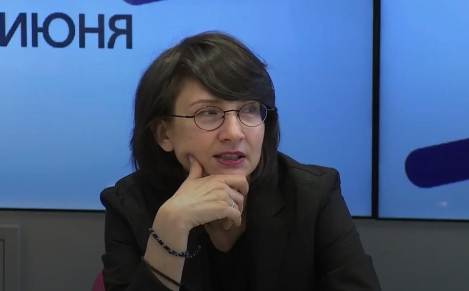 Режиссер Наталья Назарова