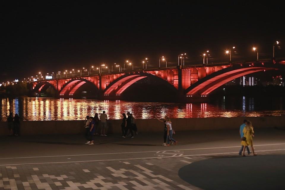 Последние новости Красноярска на 9 июня 2021: открытие первого пляжа, увеличение уровня воды в Енисее и расстрел велосипедистов