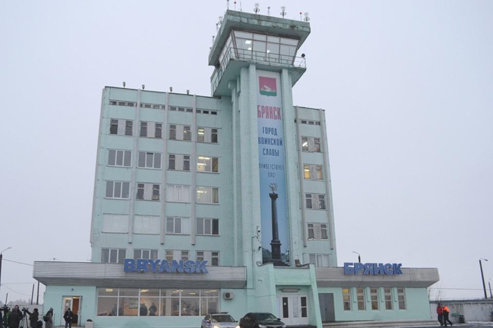 В Брянске с объединили два автобусных маршрута до аэропорта.