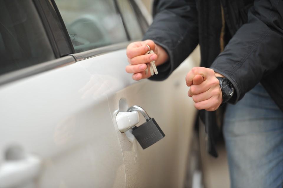 В Ростовской области число автокраж снизилось.