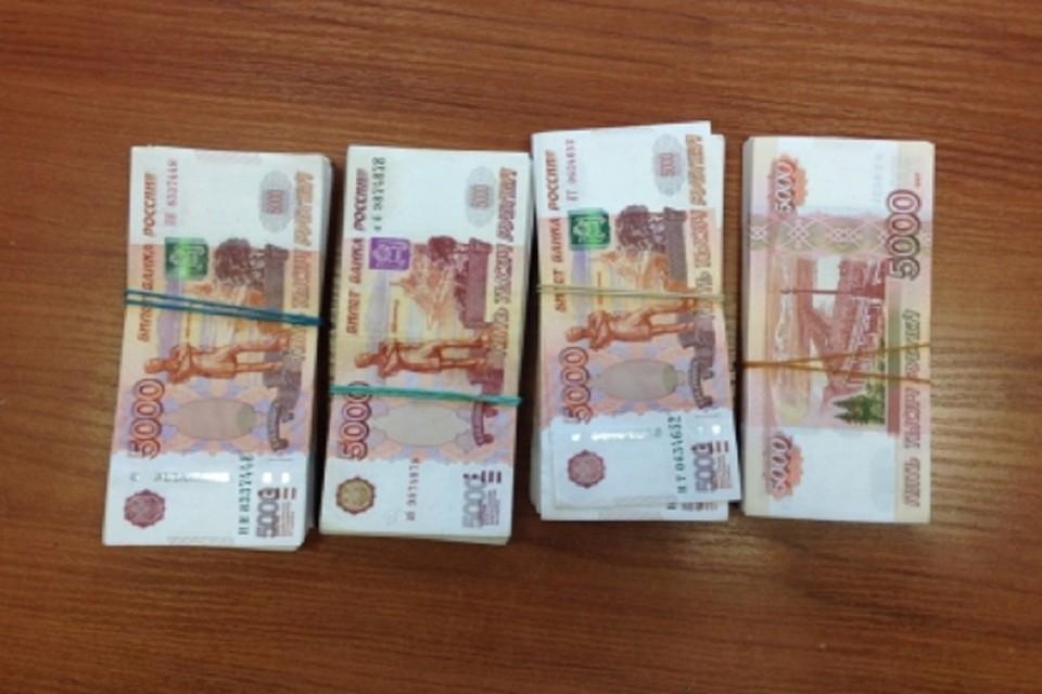 Трое чиновников из Ростовской области оказались под следствием