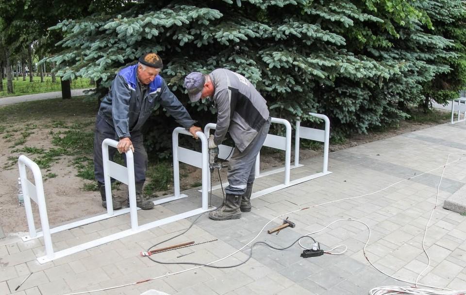 В Смоленске велопарковку в сквере перенесут из-за жалоб. Фото: администрация г. Смоленска.