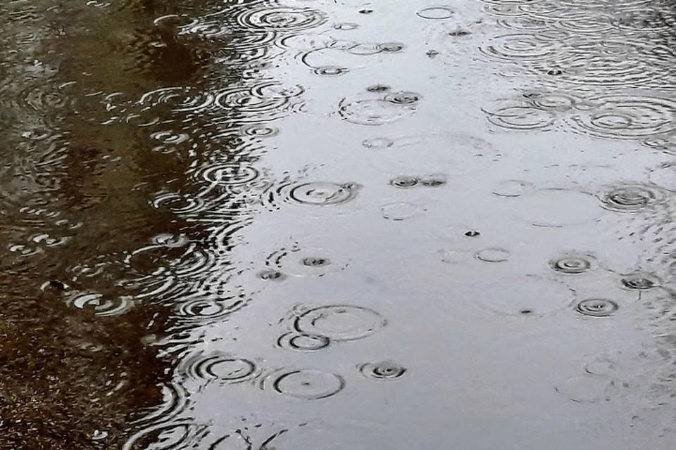Жителям и гостям полуострова стоит соблюдать меры предосторожности во время непогоды.