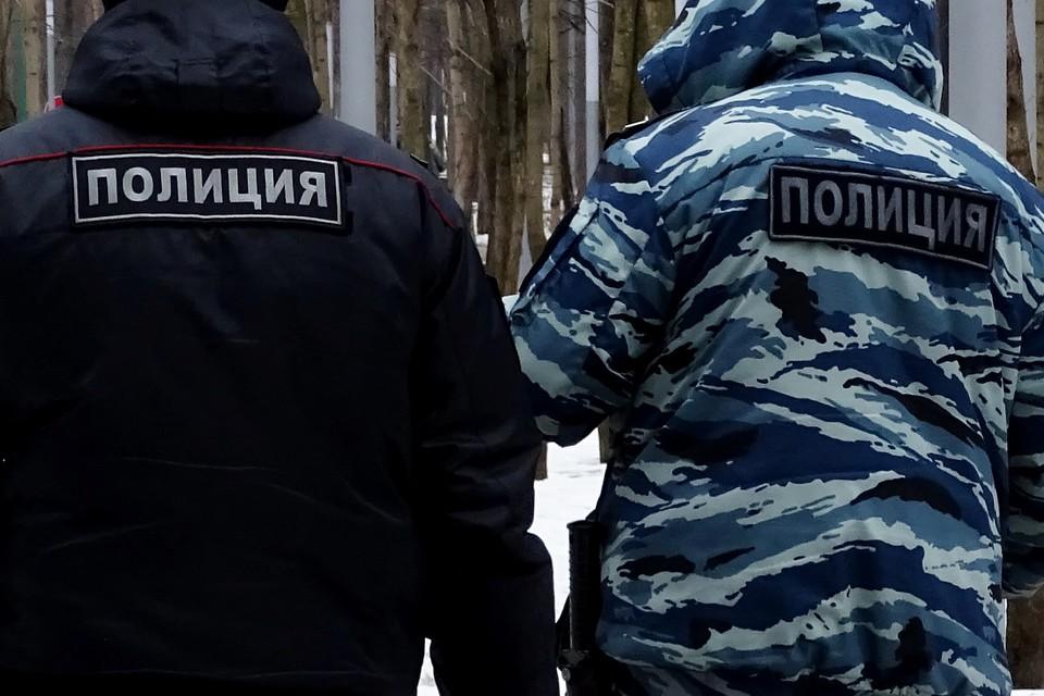 Полицейские задержали злодея, когда тот прятал наркотики в Усмани Липецкой области