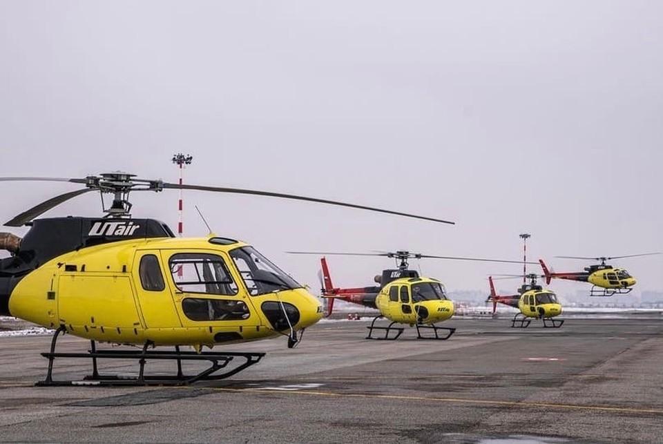 """В Тюменской области вертолет вынужденно сел в болото. Фото - """"Utair"""" в ВК."""