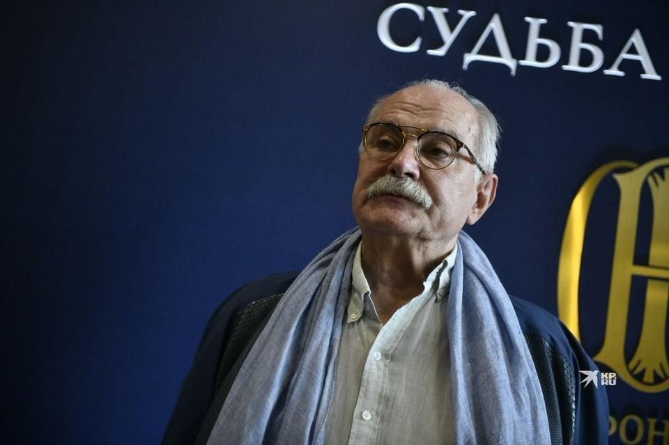 Никита Михалков одним из первых посетил выставку об Александре Невском в Екатеринбурге.