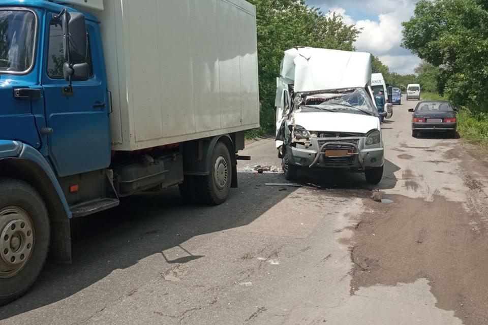 Автобус «догнал» грузовик. Фото: МВД ДНР