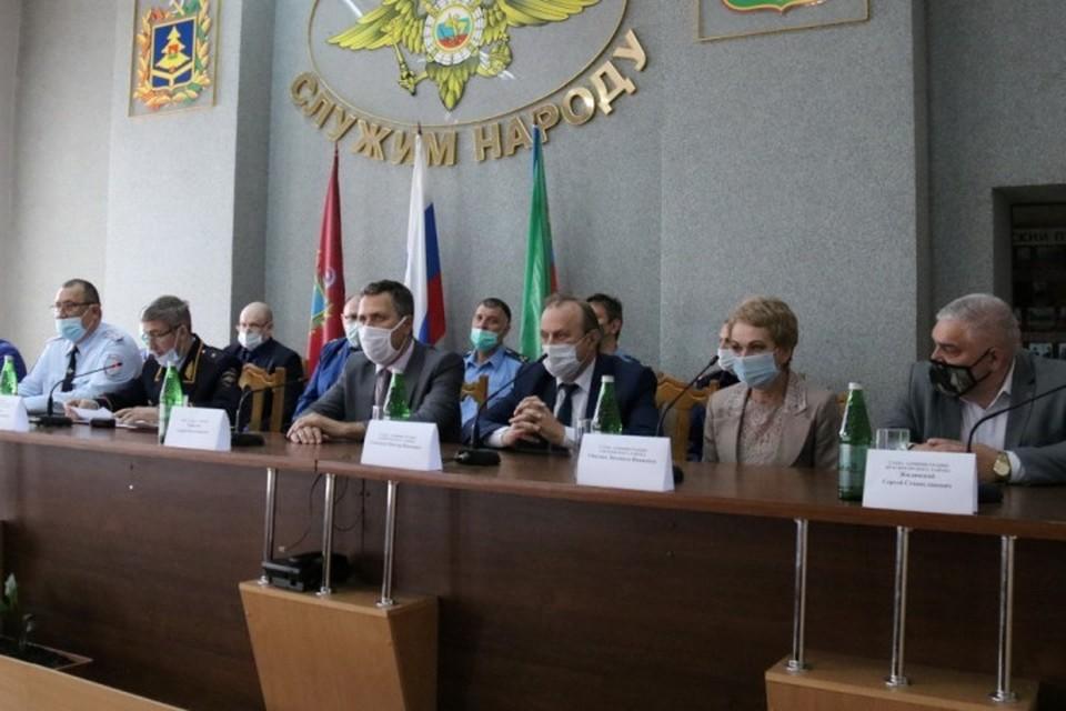Клинцовский межмуниципальный отдел полиции возглавил Александр Есаулов.