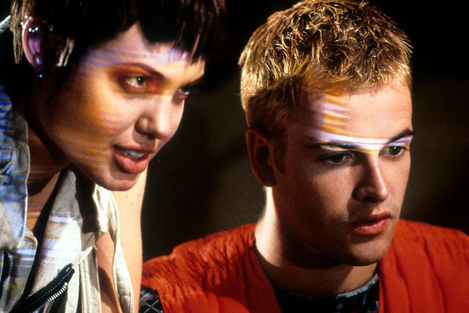 """Джоли и Ли Миллер были также партнерами в фильме """"Хакеры"""" 1995 года."""
