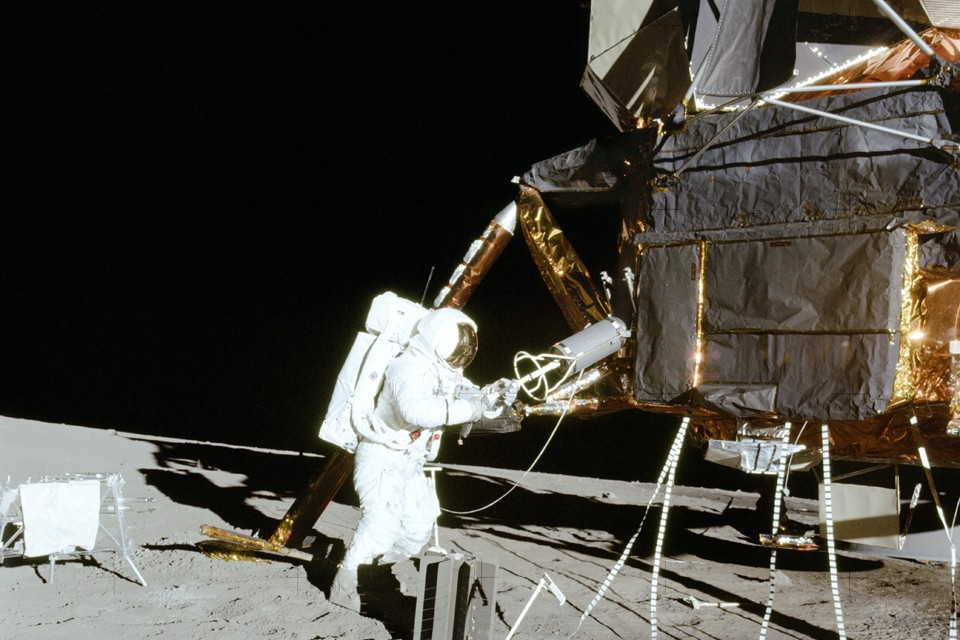 Для программы «Аполлон» были изготовлены 33 макета командного модуля