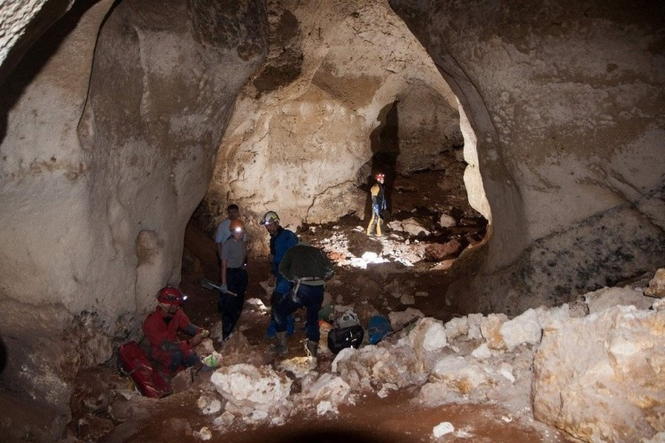Высота сводов пещеры до 14 метров. Фото: Российский союз спелеологов