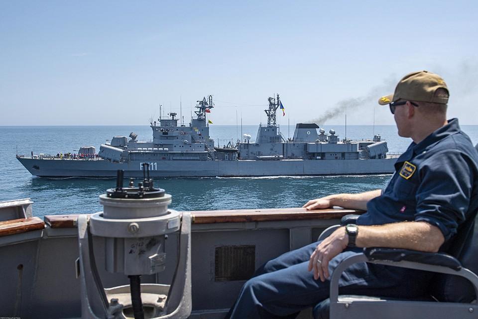 """В учениях НАТО """"Sea Breeze"""", проходящих сейчас в Черном море, участвуют аж 28 боевых кораблей блока"""