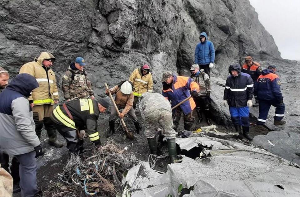В катастрофе погибли 28 человек, летевших на борту.