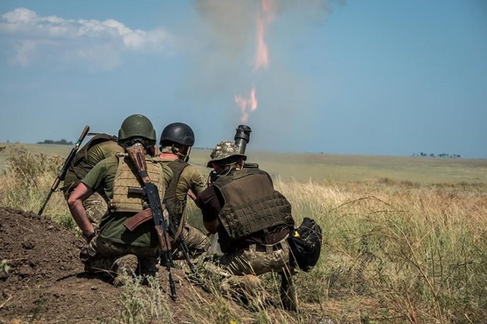 Украинские военные регулярно используют минометы при обстрелах ЛНР. Фото: Пресс-центр штаба ООС