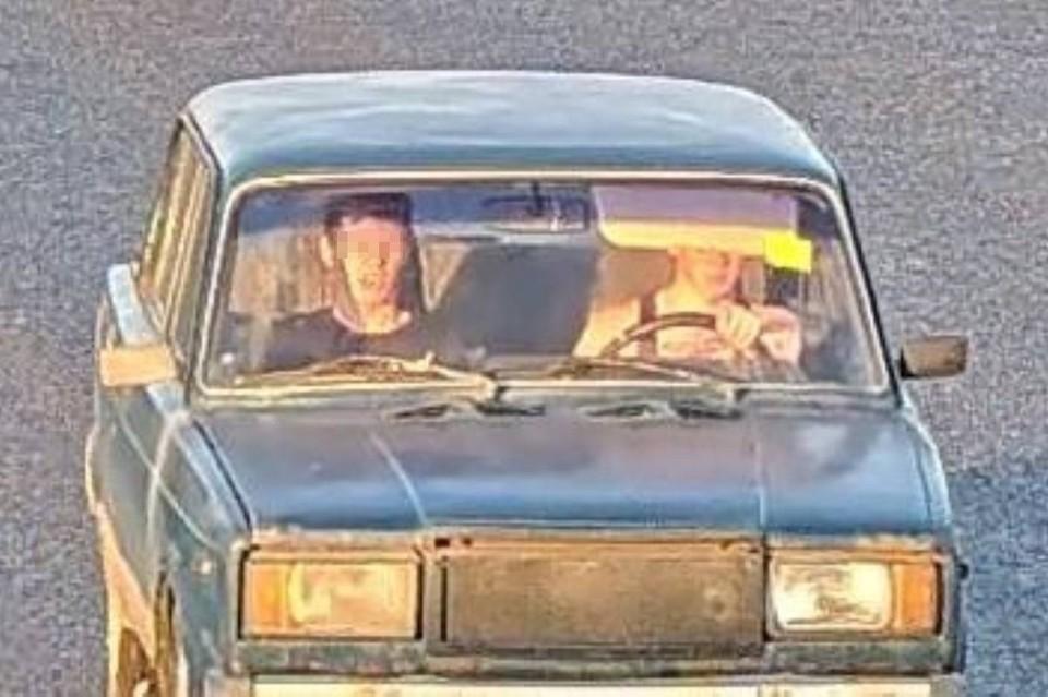 Такое фото опубликовано в соцсетях с пометкой - их ищет полиция Фото: ДТП и ЧП Петербурга