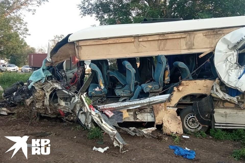 Авария с грузовиком в Краснодарском крае 11 июля 2021 унесла жизни трех человек. Фото: ГУ МВД по Краснодарскому краю.