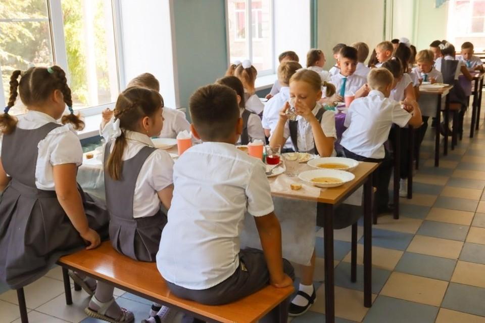 В Астраханской области учащиеся младших классов будут получать бесплатное горячее питание