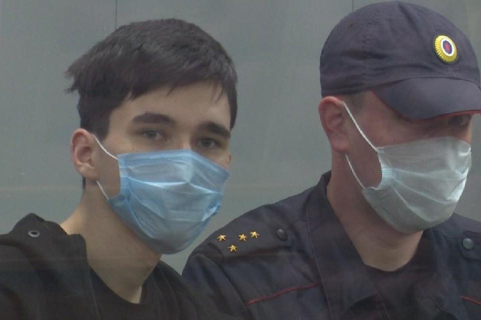 Сейчас организатор стрельбы в казанской школе находится в Москве, где проходит комплексное психолого-психиатрическое обследование.
