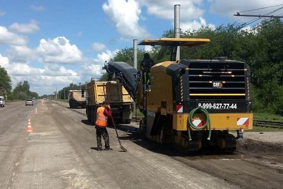 На улицах Волжского идет ремонт дорог. Фото: администрация Волжского