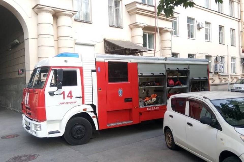 Пожар уничтожил комнату на юге Петербурга