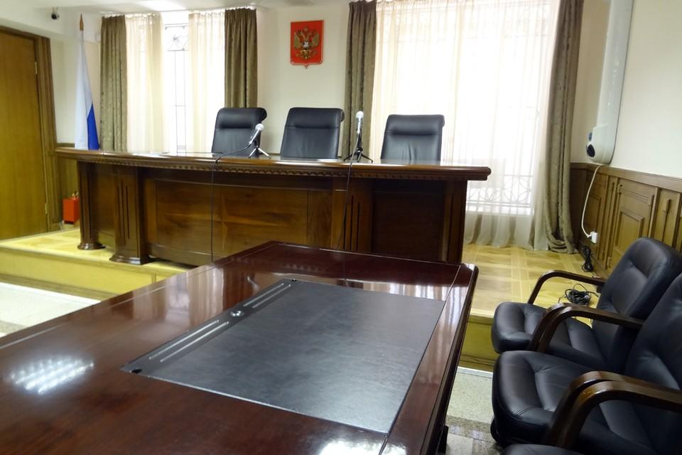 Тазовская администрация отказалась переселять 15 семей из аварийного дома
