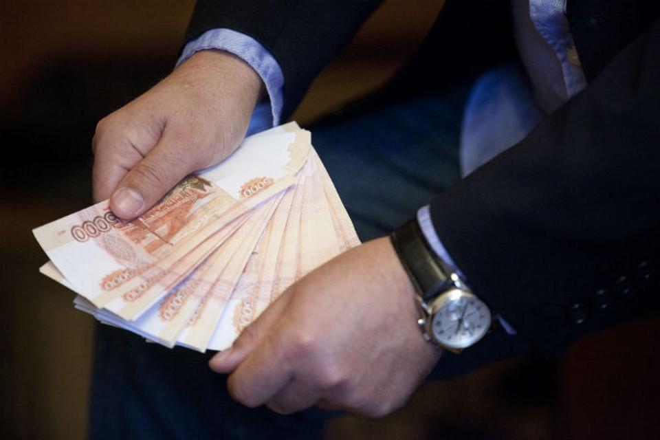 Омичка рассчитывала, что погасила кредиты, а теперь осталась должна нескольким банкам.