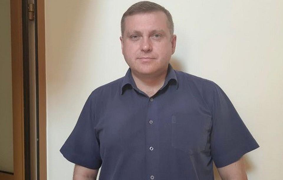 Денис Гребенюк проработал 11 месяцев и даже не успел избавиться от приставки «и.о.» к должности. Фото: мэрия Омска