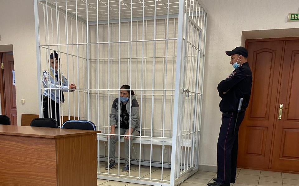 Агрессивную жительницу Омска задержали. Фото: СУ СК России по Омской области