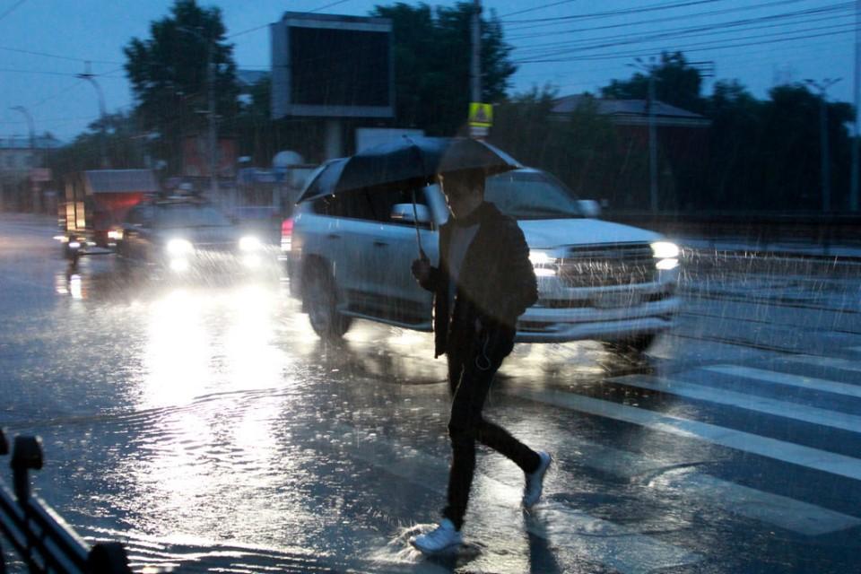 Град и штормовой ветер обещают в Иркутской области в ближайшие сутки