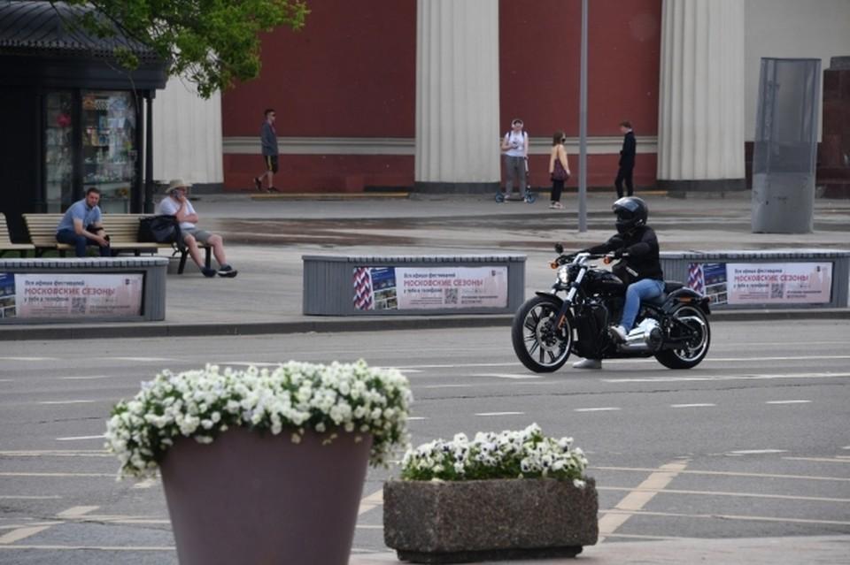 Смоленскому губернатору пожаловались на ночной рев мотоциклов.