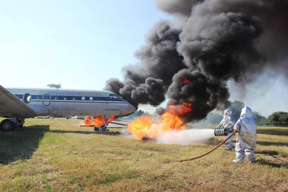 Спустя 40 минут после сигнала тревоги пожар был полностью ликвидирован, все пассажиры и члены экипажа эвакуированы.