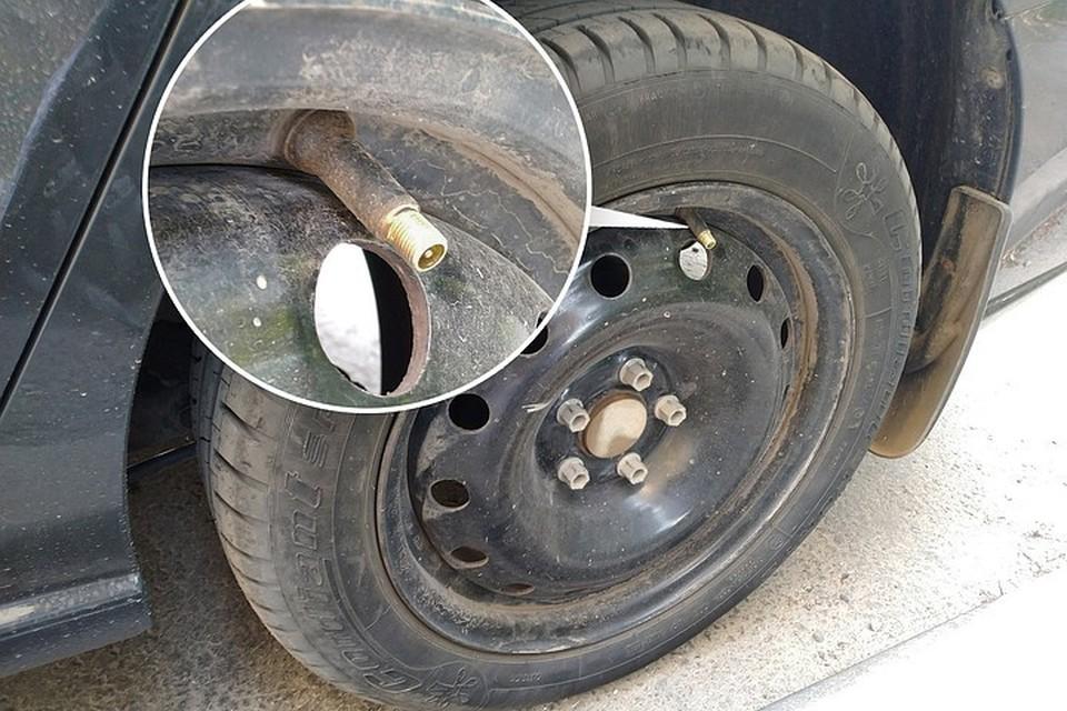 В один прекрасный день автолюбитель может не обнаружить защитных колпачков на ниппелях своих колес.