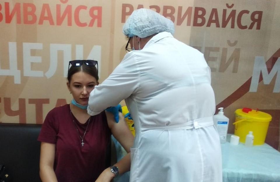 Хабаровские бизнесмены открыли еще один пункт вакцинации от коронавируса