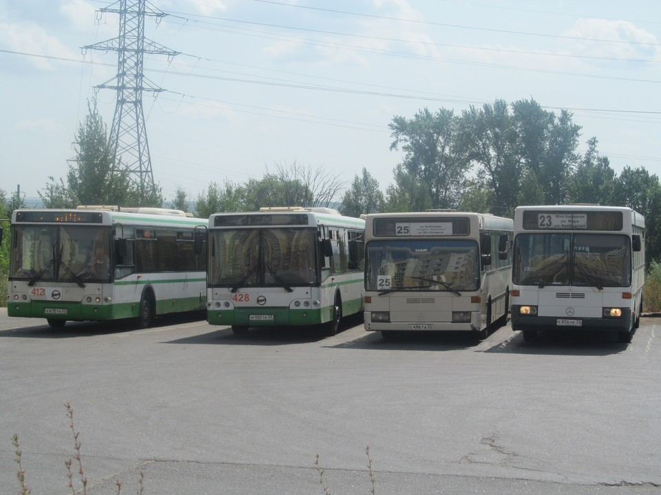 В скором времени автобусы будут одного цвета