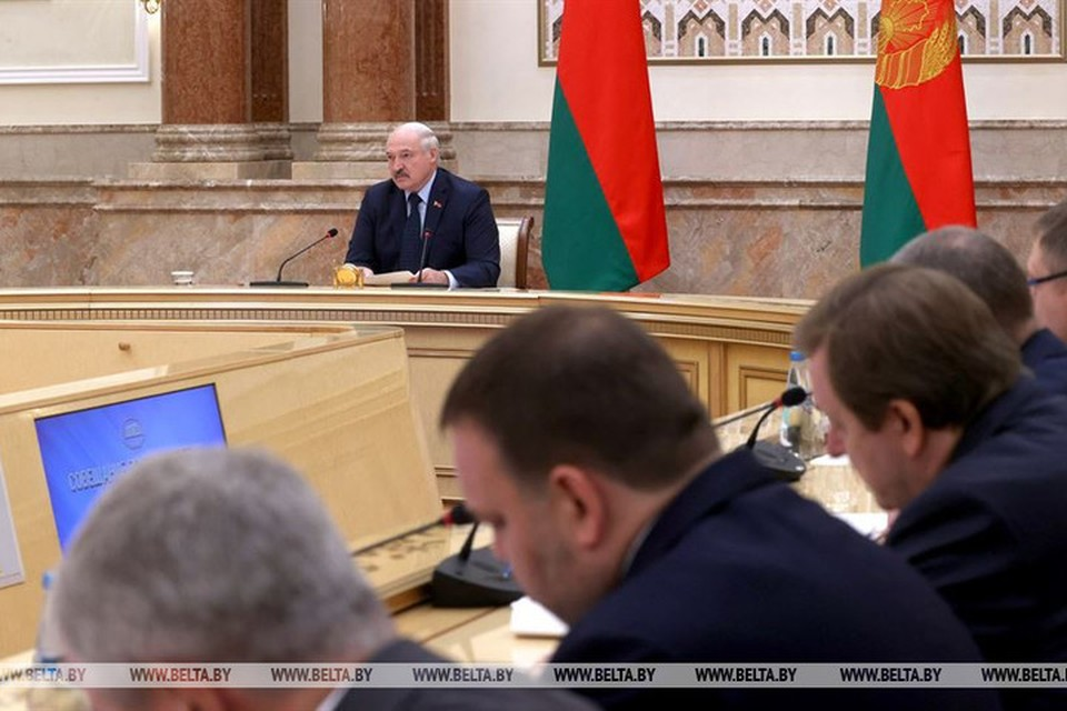 Лукашенко назвал дипломатов бойцами, но без оружия. Фото: БЕЛТА