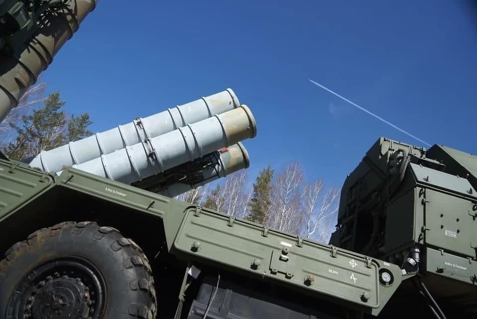 Российские ЗРК в Сирии отразили ракетную атаку Израиля