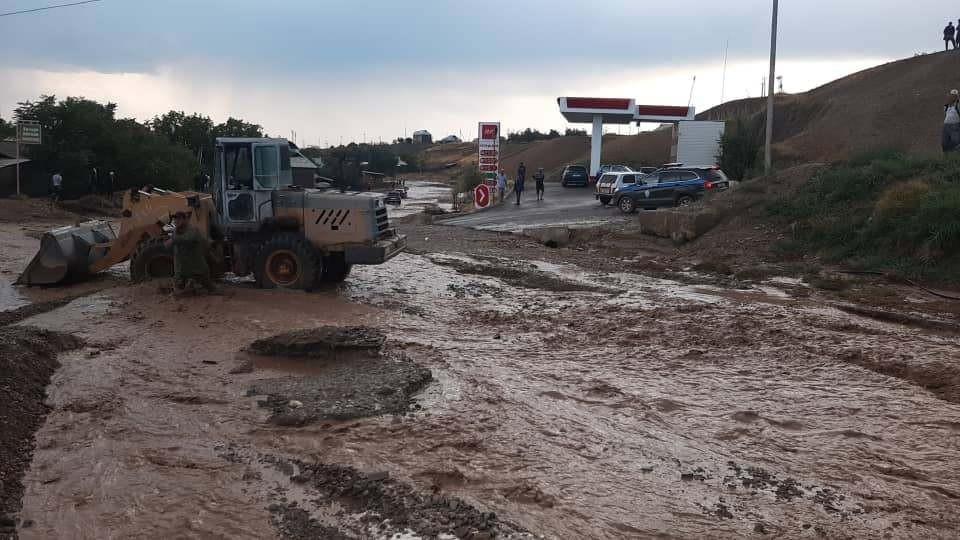 На юге страны борются с последствиями природной стихии.